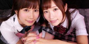 【FANZAエロ動画】エスワン2大専属美少女小島みなみ&天使もえが密着ご奉仕!