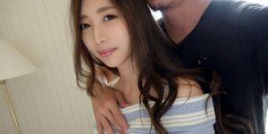 【AV女優】スレンダーボディと人妻感がエロい阿部栞菜さん!