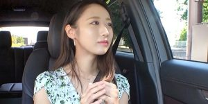 【AV女優】清楚感抜群のスレンダー美女がエロく喘ぐ!永田はるちゃん!